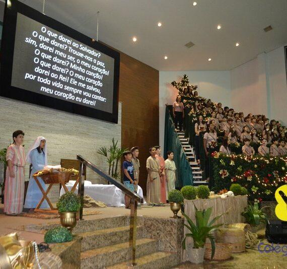 Alunos do Colégio Batista deram um show no Musical de Natal com uma apresentação impecável!!
